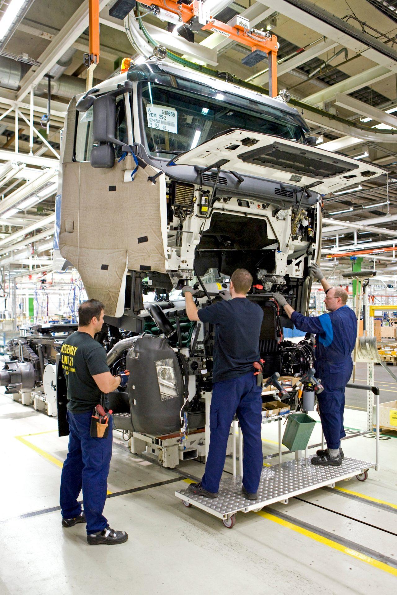 Kompanija Volvo Trucks ponovo pokreće proizvodnju
